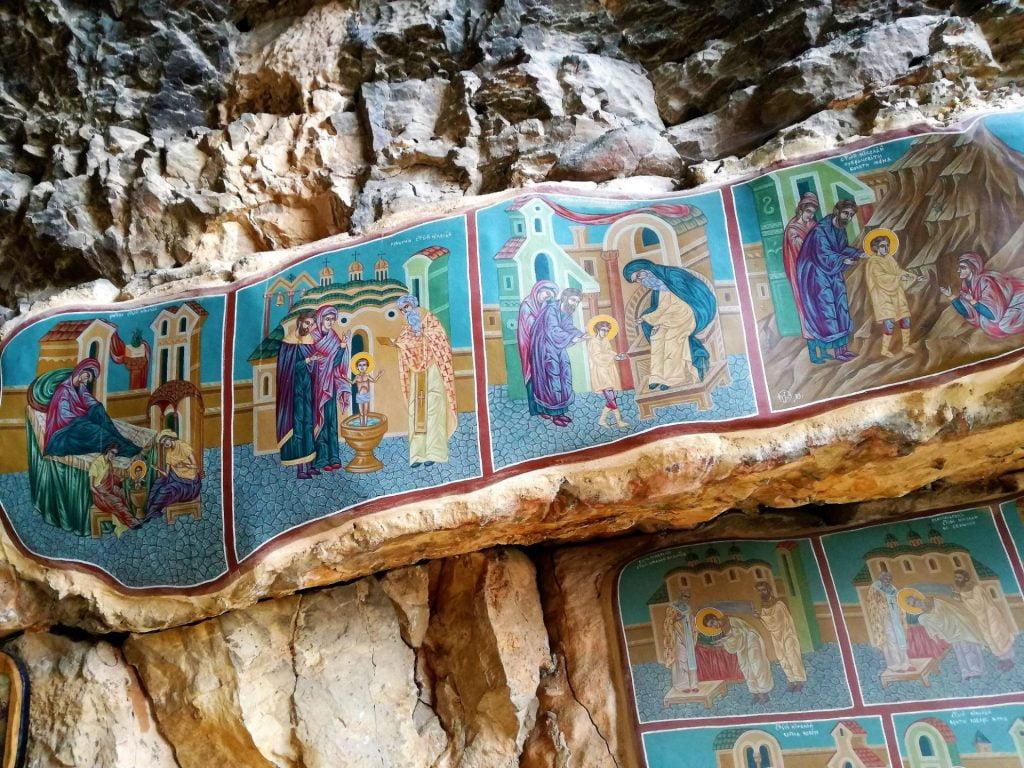 Скален манастир Свети никола, Луковит, Карлуково