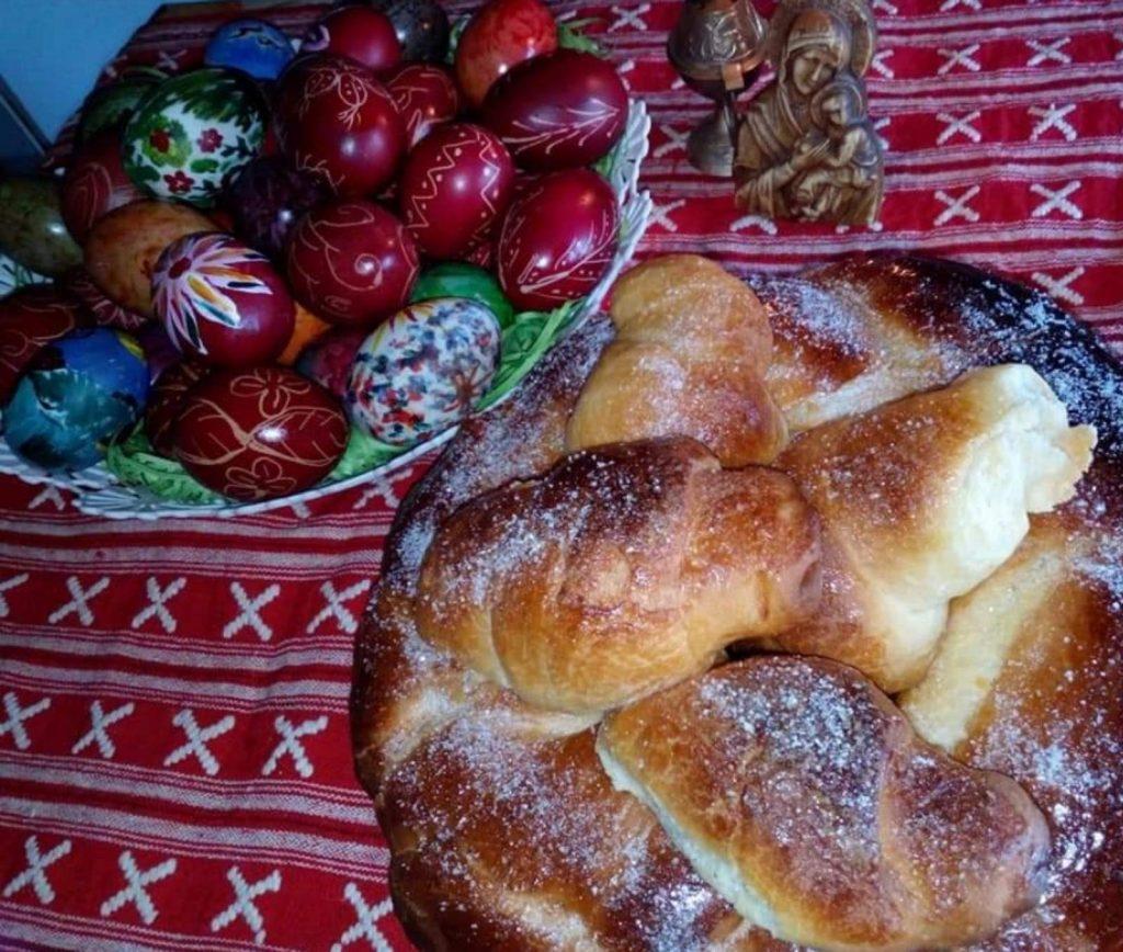 Великденска трапеза